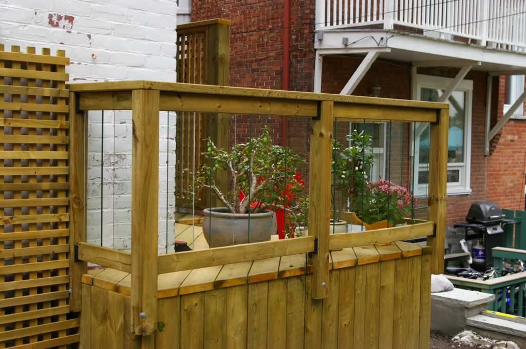 Accessories proscape patio decks montreal 514 421 9687 for Patio exterieur en bois