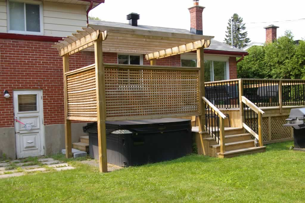 Accessories proscape patio decks montreal 514 421 9687 for Wood patio privacy screens