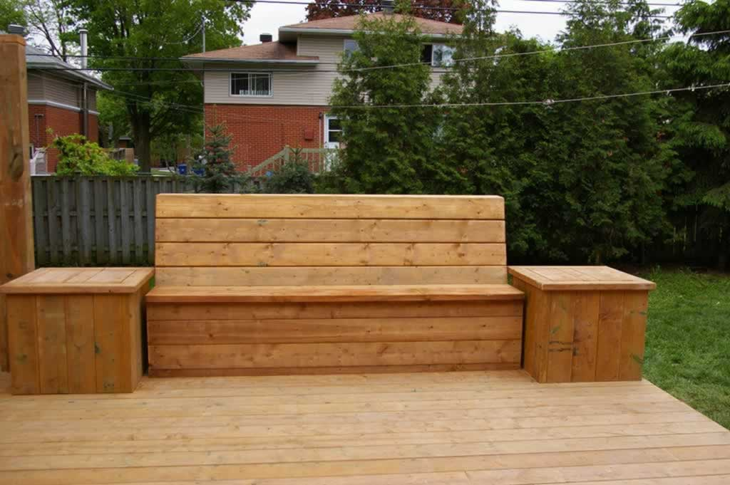 4 A Built In Bench With Storage Beneath The Seat Proscape Patio Decks Montreal 514 421 9687